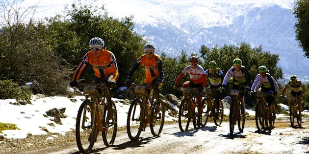 Andalucia-Bike-Race_spitzengruppe_acrossthecountry_mountainbike_xcm_by-Sportograf