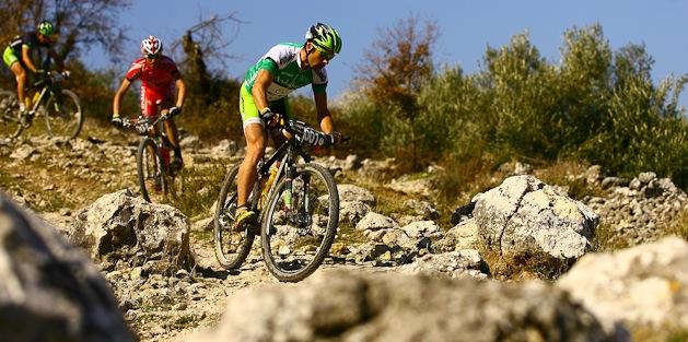 andaluciaBikeRace_hermida_van houts_downhill_acrossthecountry_mountainbike