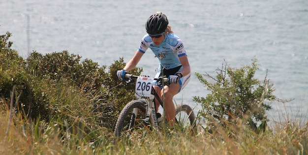 Adelheid-Morath_CSC13_Amathous_grass_sea_acrossthecountry_mountainbike_xco_by-Goller.