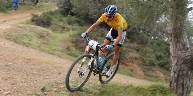Fabian-Giger_corner_tree_CSC13_Afxentia_stage3_acrossthecountry_mountainbike_xco_by-Goller