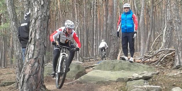 Lena-Putz_Markus-Klausmann_acrossthecountry_mountainbike_xco_by-Welz.