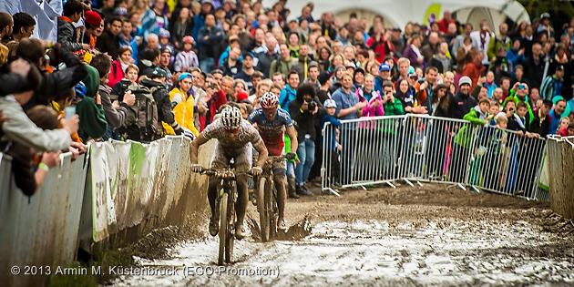 130504_SUI_Solothurn_XC_Men_Schurter_absalon_sprinting_by_Kuestenbrueck