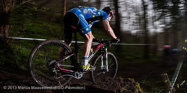 130421_GER_Heubach_XC_Men_Milatz_flashed_trail_backview_by_Maasewerd_630