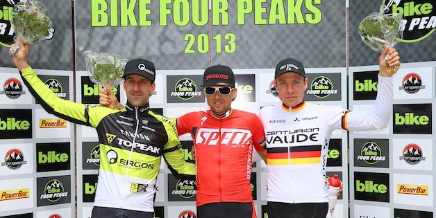 Finish_BIKE_Four_Peaks_2013_in_Kirchberg_Lakata_Sauser_Kaufmann_acrossthecountry_mountainbike_by_Stephan_Ortwein-BIKE_Four_Peaks