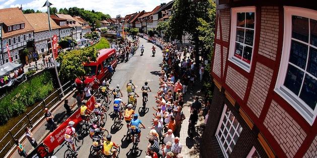100718_GER_BadSalzdetfurth_XC_Men_start_backtopview_acrossthcountry_mountainbike_by_Maasewerd.
