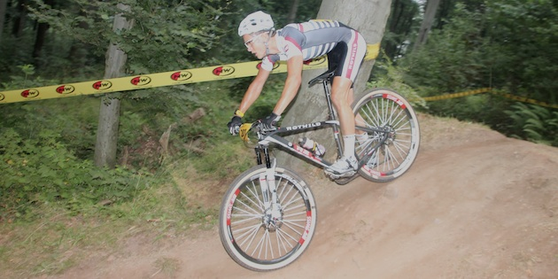 Lukas Baum_DM13_BadSalzdetfurth_downhill_sideview_acrossthecountry_mountainbike_by Goller.