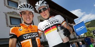 Winning_duo_Jochen_Kaess_Markus_Kaufmann_portrait_acrossthecountry_mountainbike_by-Henning-Angerer