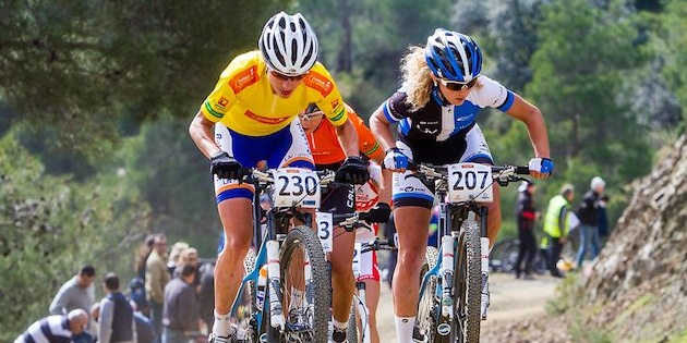Marianne-Vos_Jolanda-Neff_1_uphill_CSC13_Afxentia_acrossthecountry_mountainbike_xco_by-Cerveny
