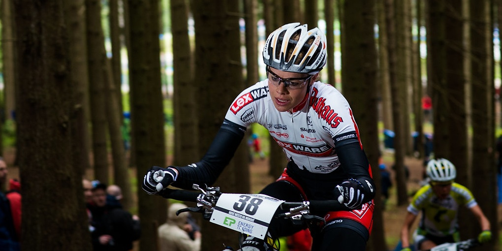 130727_AND_Vallnord_XC_Women_Klein_forest_frontal_close_acrossthecountry_mountainbike_1_by_Kuestenbrueck