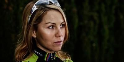 Irina-Kalentieva_portrait_acrossthecountry_mountainbike_by-Tino-Pohlmann