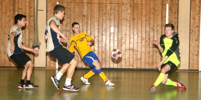 Marco-Fey_Marcus-Nicolai_Daniele-Tavaglione_Paul-Volle_Finale_Soccercup13_by-Goller