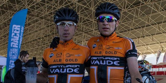 Jochen Kaess_links_Markus Kaufmann_acrossthecountry_mountainbike_by Centurion-Vaude