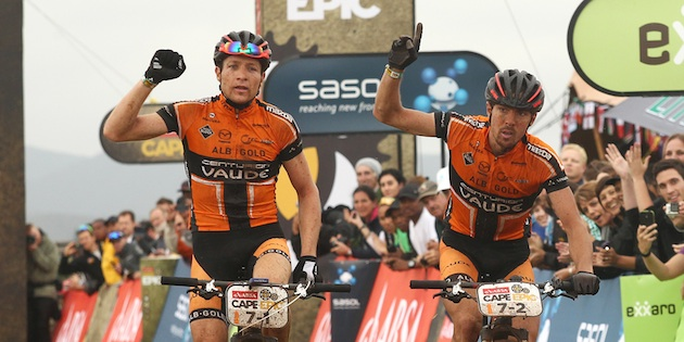 Kaess_kaufmann_etappensieger_capeepic_acrossthecountry_mountainbike_by-Sportzpics