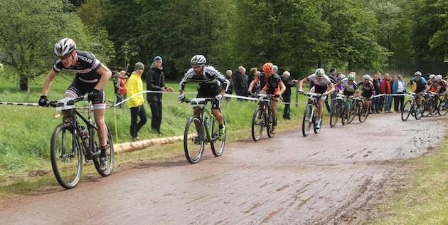 Start-Herren_Saalhausen_Schulte-Luenzum_Fumic_Gluth_Schelb_acrossthecountry_mountainbike_by-Goller