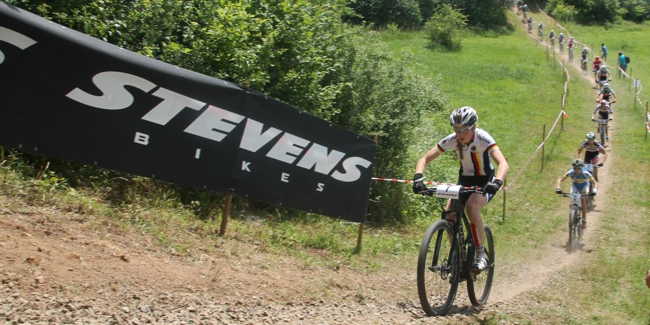 Grobert_leading_u23women_em14_stwendel_acrossthecountry_mountainbike_by-Goller