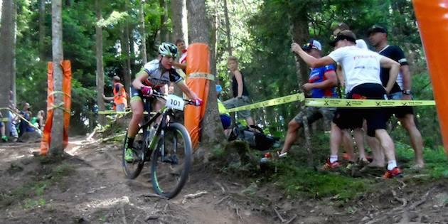 Gunn-Rita-Dahle-Flesjaa_Kirchberg_Downhill_acrossthecountry_mountainbike