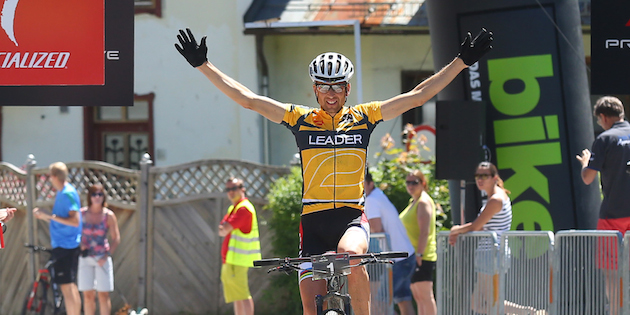 sauser_finish_neukirchen_acrossthecountry_mountainbike_by-Angerer