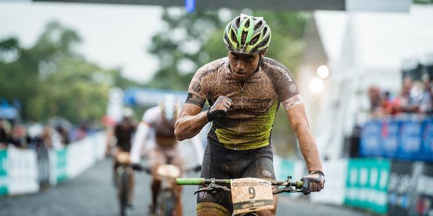 140425_Julian-Schelb_cairns_eliminator_finish_acrossthecountry_mountainbike_by_kuestenbrueck