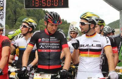 Kaufmann_Boehme_start_BadImnau_acrossthecountry_mountainbike_STZ14_Etappe1_by-Goller