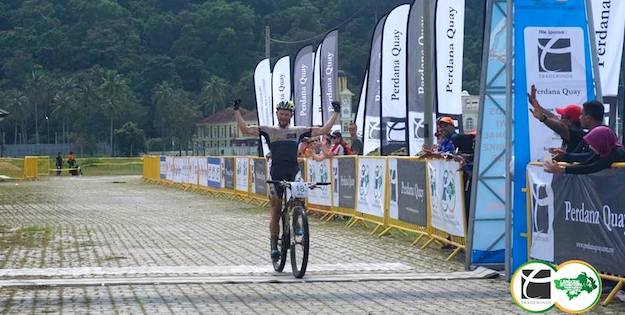 arl-Platt_LIMBC14_stage2_winning_acrossthecountry_mountainbike_by-Ohmedia