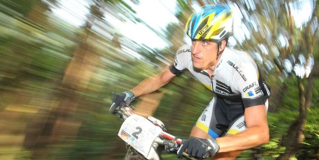 Stefan Sahm_blurred_acrossthecountry_mountainbike_by Sportograf