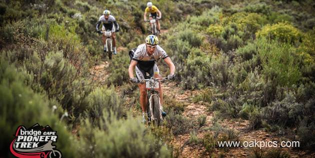 Stiebjahn_Boehme_downhill_CapePioneer14_acrossthecountry_mountainbike_by-Oakpics