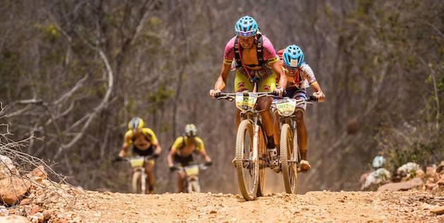 Tiago-Ferreira_Periklis-Ilias_BrasilRide_acrossthecountry_mountainbike_by-BrasilRide