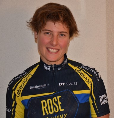 Nathalie Schneitter_acrossthecountry_mountainbike_by RoseVaujany