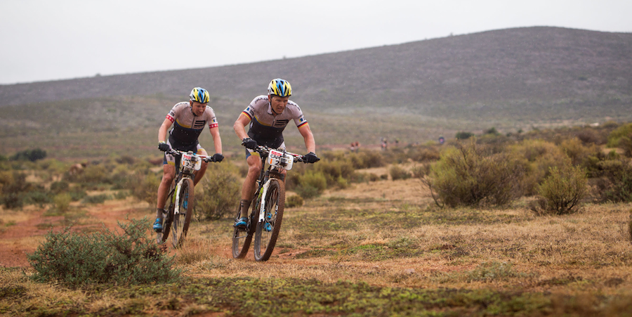 Karl-Platt-und-Urs-Huber_CapeEpic14_acrossthecountry_mountainbike_by-Sportograf