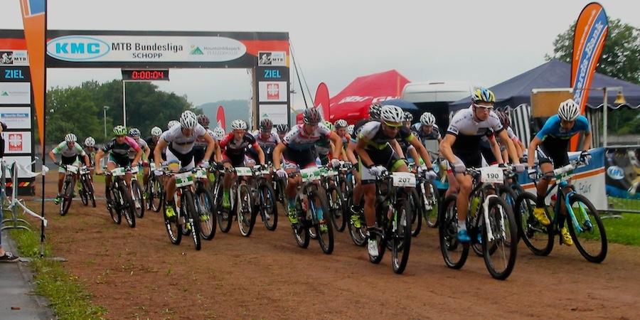 start-U23men_Schopp_xco_u23men_acrossthecountry_mountainbike_by-Goller