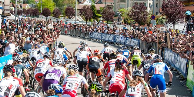 start_backview_women_120520_LaBresse_acrossthecountry_mountainbike_xco_by Maasewerd