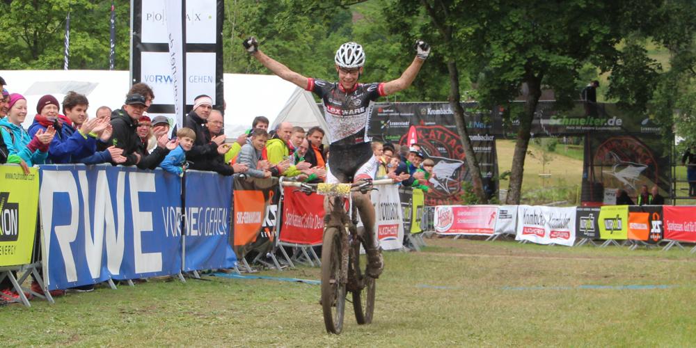 David List finish_acrossthecountry_mountainbike_DM15_Saalhausen_Jugend_U17_maennlich_by Goller