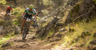 Lakata_Leaderjersey_20160222-Andalucia-Bike-Race-2016-B29B0117(2).