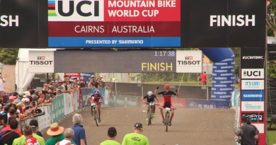 Gaze_Seigle_Carod_finish_WC16_Cairns_u23men_by Goller