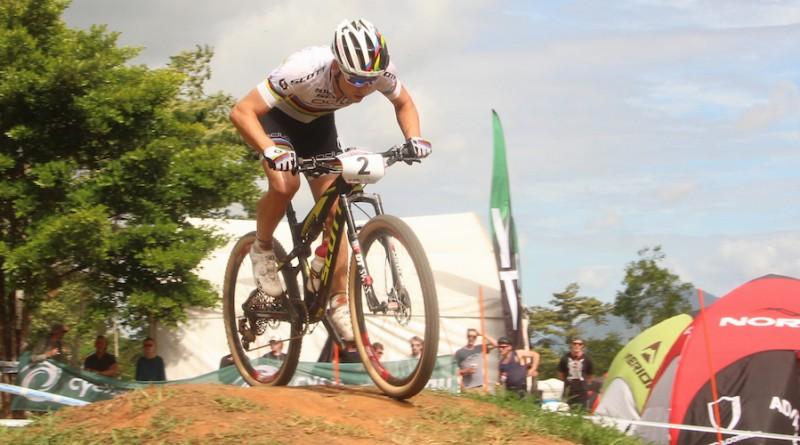 Nino Schurter_WC16_Cairns_men_by Goller