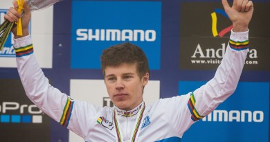 150904_01760_by_Kuestenbrueck_AND_Vallnord_WCh_XC_MU_ceremony_Cooper