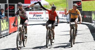 Bike Four Peaks#4: Simon Stiebjahn macht den Triumph perfekt