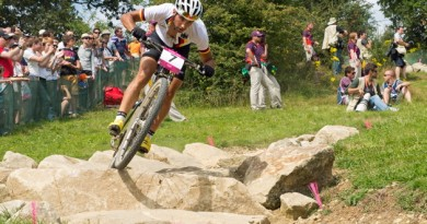120812_GBR_hadleigh_Manuel Fumic_rocks_grass_rockyroads_mountainbike_xco_by Ekman