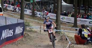 Kate-Courtney_WC17_NoveMesto_U23women_by-Goller.