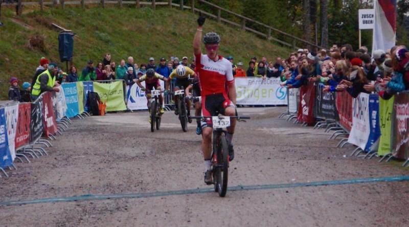 Gaze_Schelb_Loo_Stiebjahn_finish_BL17_Titisee-Neustadt_men_by-Goller