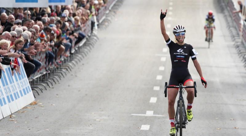 Jolanda Neff_cx_Bern_winning_by radsportphoto Steffen Muessiggang