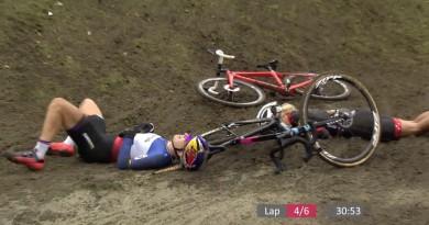 Ferrand Prevot_Neff_Crash_Hoogerheide