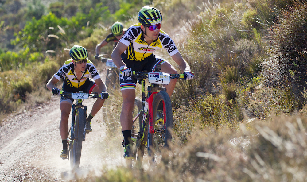 Nino Schurter and Matthias  Stirnemann of ©Greg Beadle/Cape Epic/SPORTZPICS  PLEASE ENSURE THE APPROPRIATE CREDIT IS GIVEN TO THE PHOTOGRAPHER AND SPORTZPICS ALONG WITH THE ABSA CAPE EPIC  ace2016