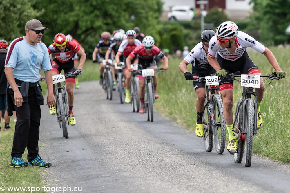 Daniel-Geismayr_Gruppe_Hegau-Bike-Marathon_1-2018_by-Thomas-Lienig