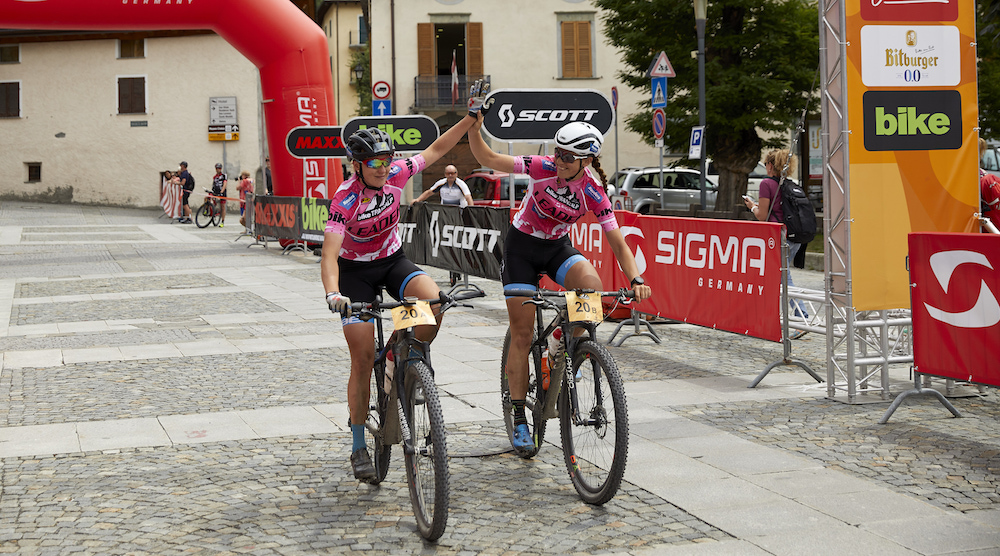 Janine Schneider und Stefanie Dohrn ©Martin Sass