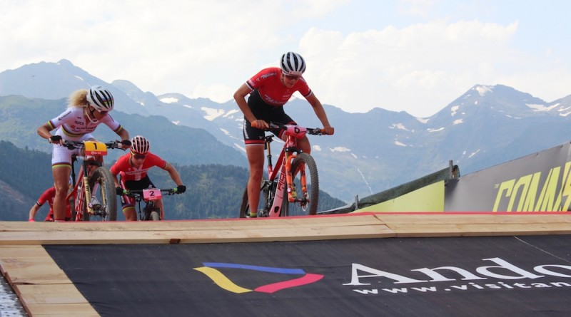 Keller_Neff_Langvad_WC18_Andorra_Short-Track_xcc_women_by-Goller.