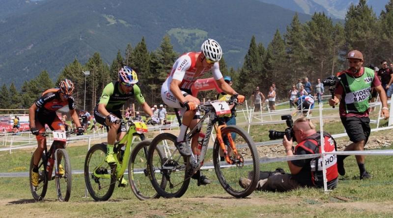 VanderPoel_Avancini_Sarrou_WC18_Andorra_XCO_men_by-Goller