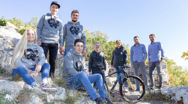 Team Swiss MTB Pro Team_by Hiddentrack