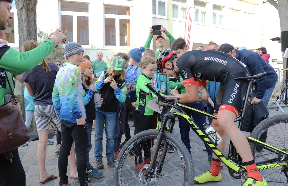 Egger_Fans_Fullgaz-Race-Krumbach_XCC_by-Goller