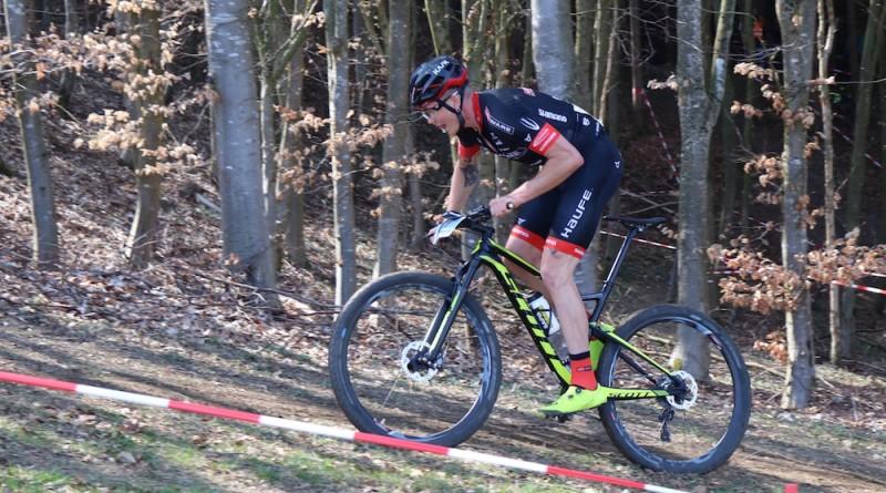 Egger_uphill_Fullgaz-Race-Obergessertshausen_XCO_by-Goller